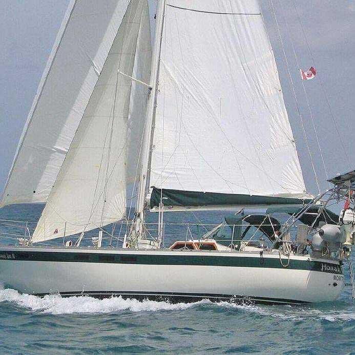 016-Honah-Lee-sailing