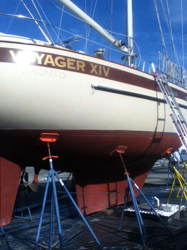031 - Voyager XIV - propped