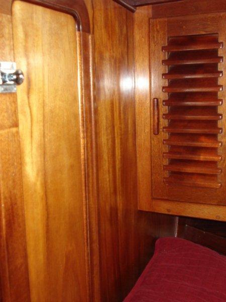 069 - Joint Effort - fwd door