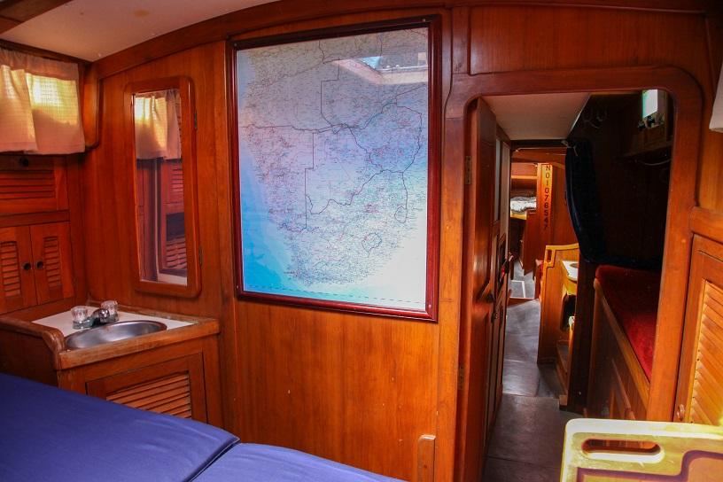 086 - Jack Iron - aft cabin2
