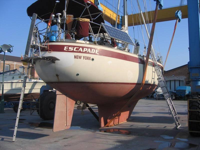 099 - Escapade - liftout