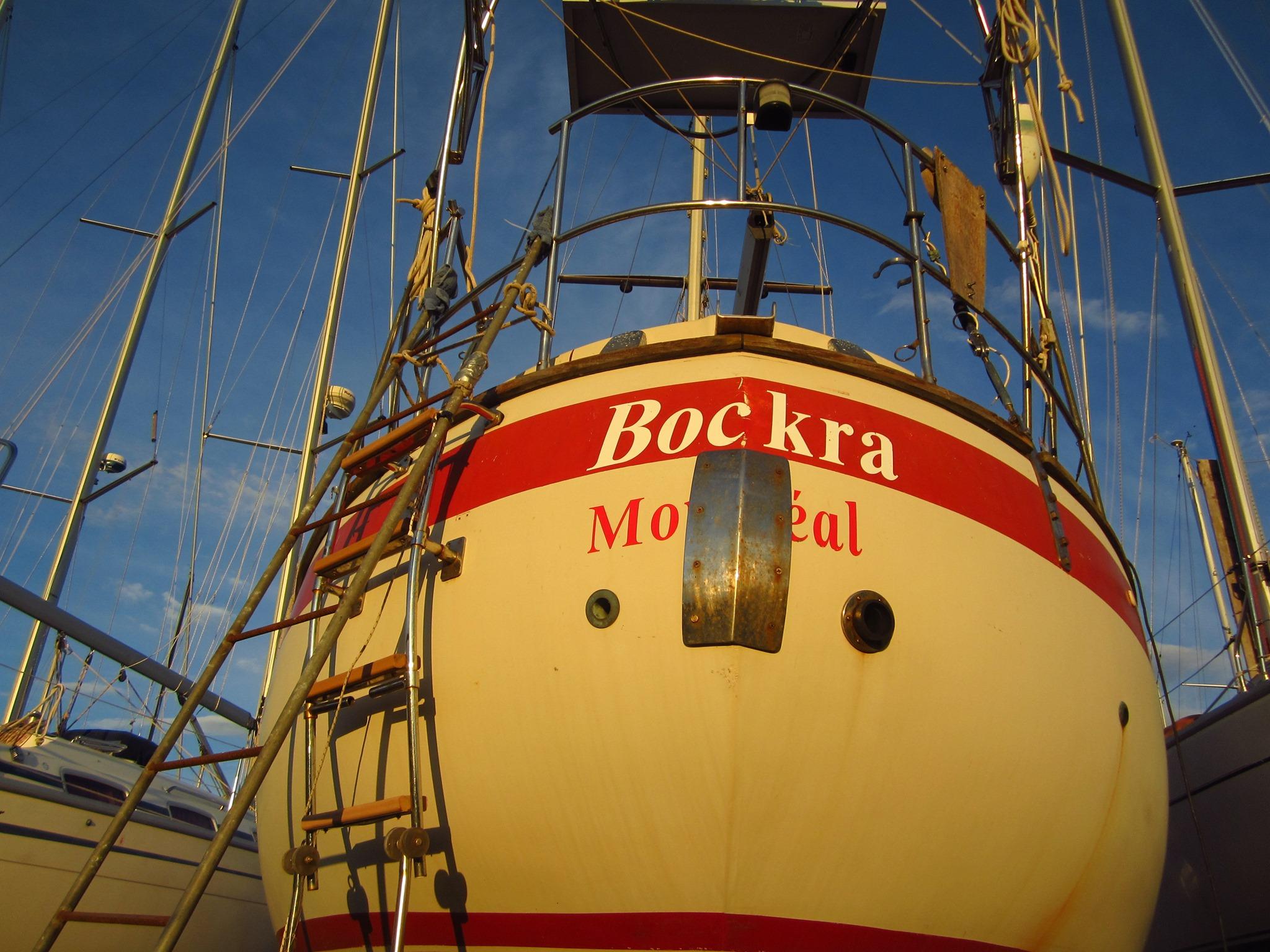123 - Bockra - stern propped