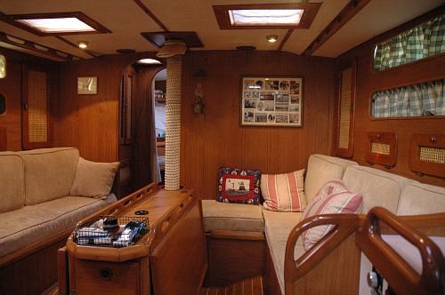 145 - Luff Shack - interior3