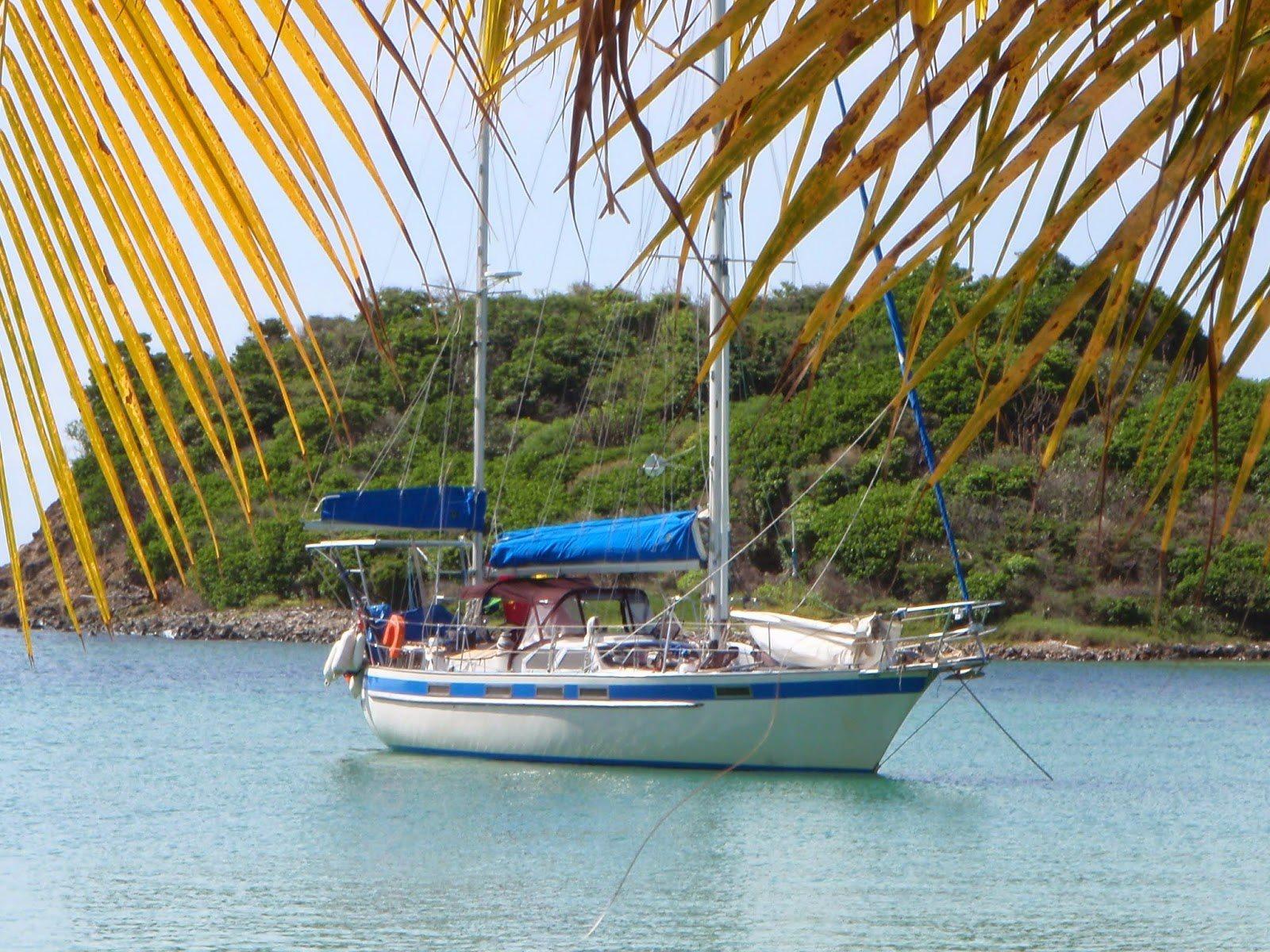 170 - Baleeiro - anchored