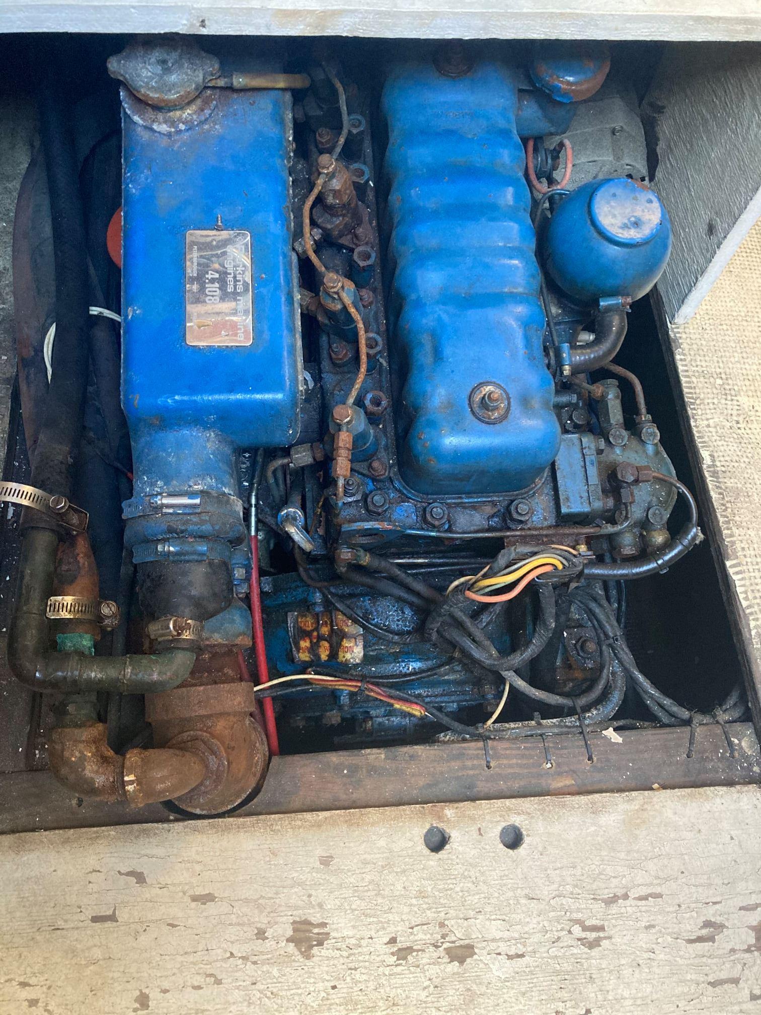 057 - Fire Lake - engine
