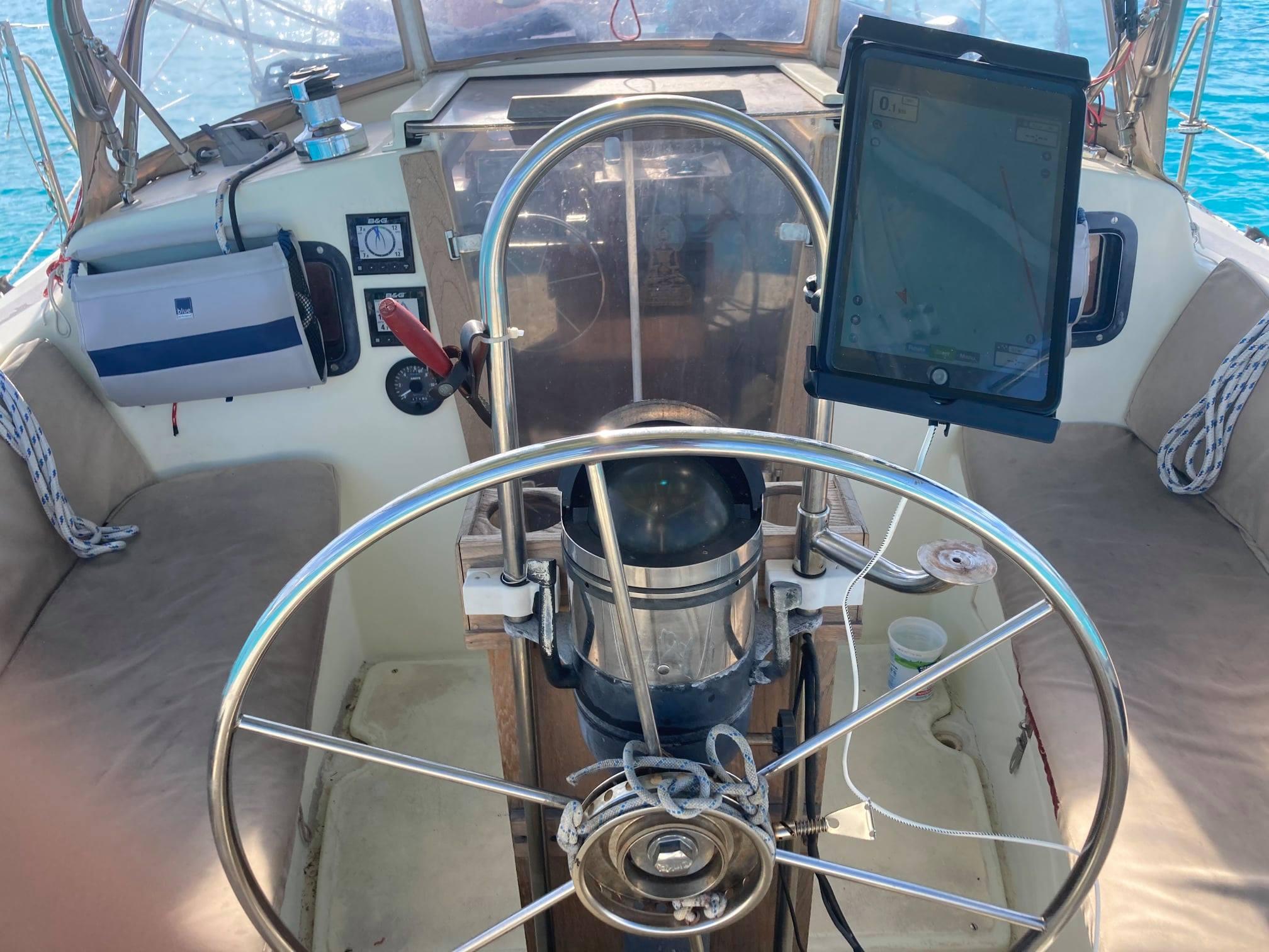 147 - Wawenoc - cockpit1