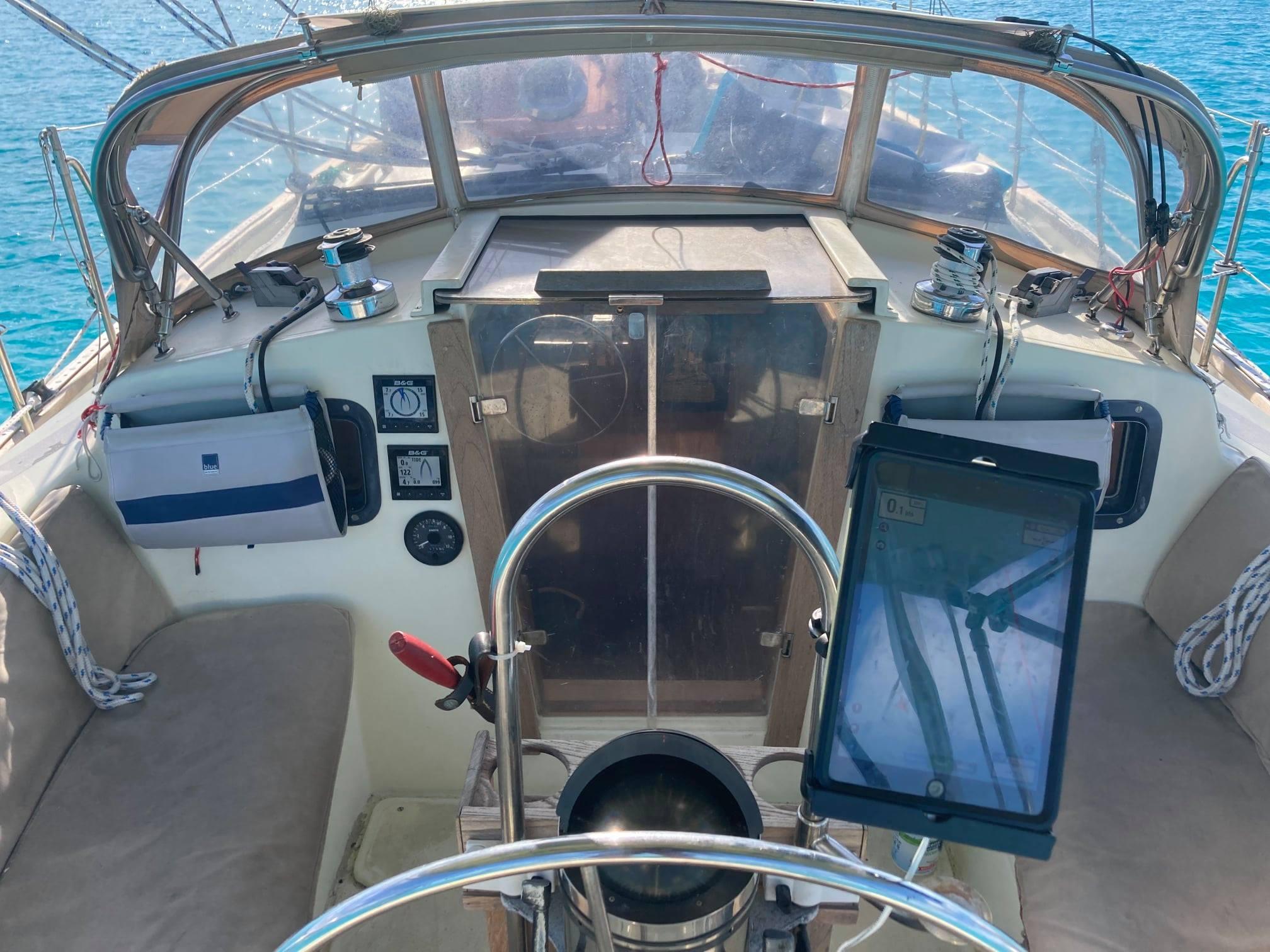147 - Wawenoc - cockpit2