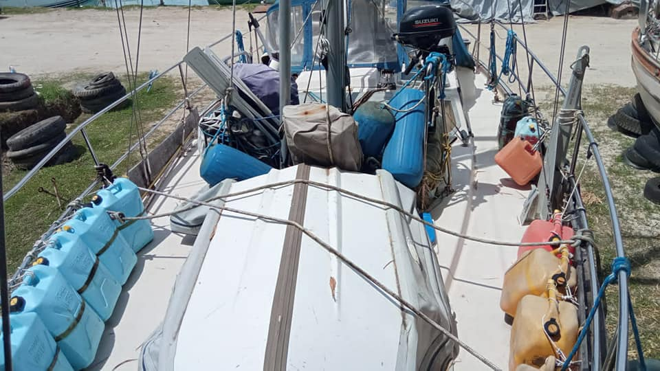 324 - Complicite - foredeck