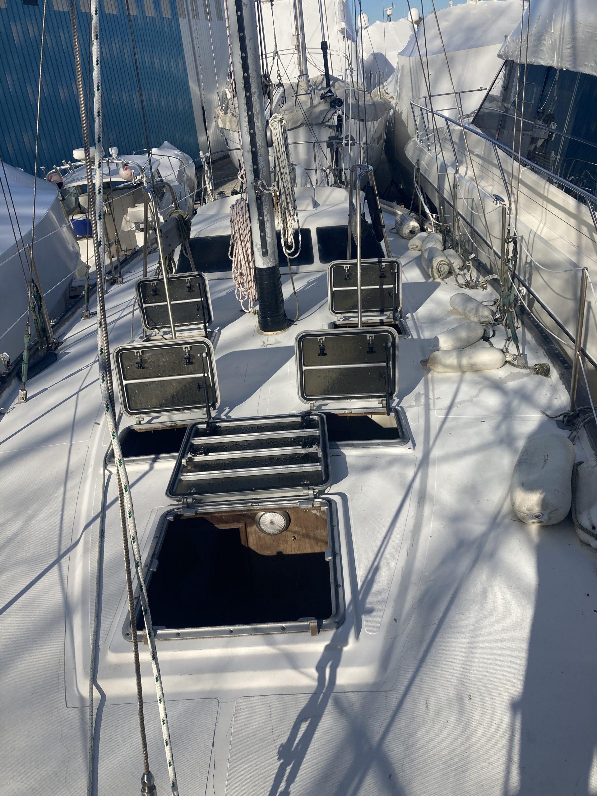 057 - Fire Lake - FS deck